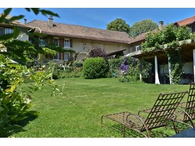 Moradia for sales at Charming house with La Maison du Moulin wine estate  Other Vaud, Vaud 1128 Suíça