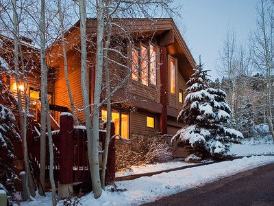 Townhouse for sales at Ski out to Deer Valley Resort 8185 Royal Street East #2 Park City, Utah 84060 United States