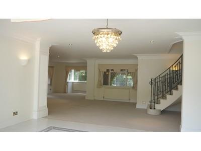 Maison unifamiliale for sales at 110 Fairmile Lane  Cobham, Angleterre kt112bx Royaume-Uni