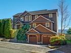 Maison unifamiliale for sales at Elegant on Sunny South Beach 10023 South Beach Dr Bainbridge Island, Washington 98110 États-Unis