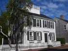 Casa para uma família for sales at Simply Town! 77 Orange Street Nantucket, Massachusetts 02554 Estados Unidos
