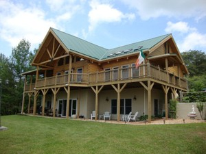 Single Family Home for Sales at Double Branch Lodge 101 Double BranchRoad Grassy Creek, North Carolina 28631 United States