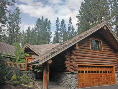 Tek Ailelik Ev for sales at 19562 SW Century Drive  Bend, Oregon 97702 Amerika Birleşik Devletleri