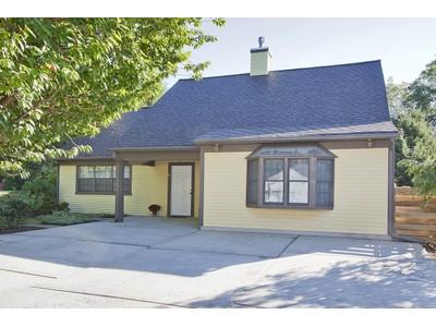 Tek Ailelik Ev for sales at 9 PALOMINO PL  Tinton Falls, New Jersey 07701 Amerika Birleşik Devletleri