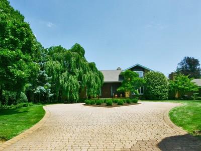 Vivienda unifamiliar for sales at 84 Wickapecko Dr.   Ocean, Nueva Jersey 07712 Estados Unidos