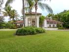 Vivienda unifamiliar for  rentals at 12400 SW 67 Ave   Pinecrest, Florida 33156 Estados Unidos