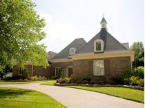Vivienda unifamiliar for sales at 7012 Windham Parkway    Prospect, Kentucky 40059 Estados Unidos