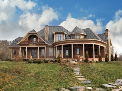Частный односемейный дом for sales at Wilderness Trail 1447 Wilderness Trail Linville, Северная Каролина 28646 Соединенные Штаты