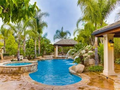 Einfamilienhaus for sales at 637 Las Colinas Drive   Escondido, Kalifornien 92029 Vereinigte Staaten