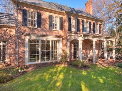 Villa for sales at Custom Home 711 West Wesley Road NW  Atlanta, Georgia 30327 Stati Uniti