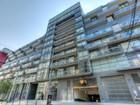 Condominio for sales at Contemporary Condo Townhouse 55 Stewart St., #114 Toronto, Ontario M5V2V1 Canadá
