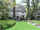 独户住宅 for sales at Stately Larchmont Woods Colonial 2 Woodlawn Ave. New Rochelle, 纽约州 10804 美国