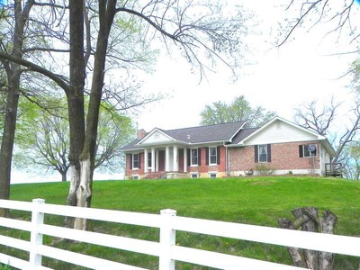 Fattoria / ranch / campagna for sales at Equestrian County Getaway 19499 Highway W Clarksville, Missouri 63336 Stati Uniti
