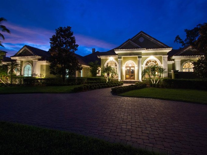 Maison unifamiliale for sales at Lake Mary, Florida 1846 Bridgewater Drive Lake Mary, Florida 32746 États-Unis