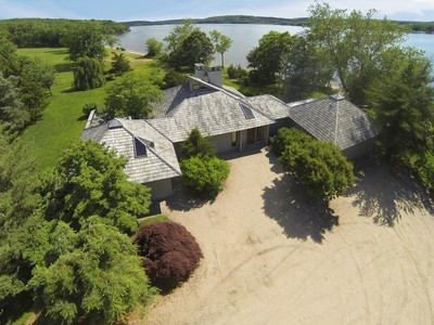 Einfamilienhaus for sales at Superb Waterfront Contemporary 70 Selden Road Lyme, Connecticut 06371 Vereinigte Staaten