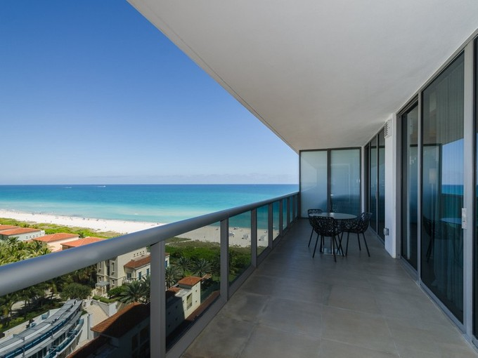 Condominio for sales at 5875 Collins Ave. #1405    Miami Beach, Florida 33140 Estados Unidos