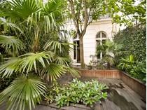 Duplex for sales at Duplex - Saussaye  Neuilly, Ile-De-France 92200 Francia