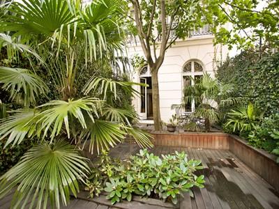 Loft/Duplex for sales at Duplex - Saussaye  Neuilly, Ile-De-France 92200 France