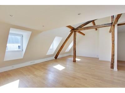 Apartment for sales at Appartement - Champs Elysees  Paris, Paris 75008 France