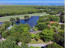 Nhà ở một gia đình for sales at Lake Front Home at Ocean Reef 23 Dilly Tree Park  Ocean Reef Community, Key Largo, Florida 33037 Hoa Kỳ