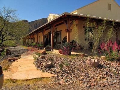 Casa Unifamiliar for sales at Private Southwestern Ranch 74 Guadalupe Ln  Tubac, Arizona 85646 Estados Unidos