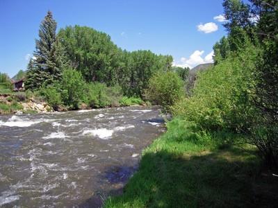 Частный односемейный дом for sales at Fisherman's Fantasy in Aspen 179 Liberty Lane  Woody Creek, Колорадо 81656 Соединенные Штаты
