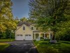 단독 가정 주택 for  sales at Gorgeous Oak Bluffs Estate Colonial 4 Nipmuck Drive Westborough, 매사추세츠 01581 미국