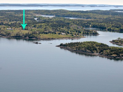 Land for sales at North Haven Lot # Old Town Road North Haven, Maine 04853 Vereinigte Staaten