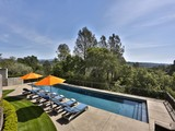 Villa for sales at Dry Creek Dreaming 9275 W Dry Creek Road Healdsburg, California 95448 Stati Uniti