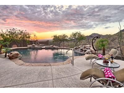 Villa for sales at Privacy With Extraordinary City Light & Mountain Views 11516 E Caribbean Lane Scottsdale, Arizona 85255 Stati Uniti