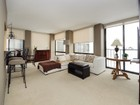 Condominio for sales at Great Condo in Lincoln Park 345 W Fullerton Parkway Unit 2404 Chicago, Illinois 60614 Stati Uniti