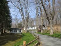 Einfamilienhaus for sales at Maple Way 1075 Old Post Road   Bedford, New York 10506 Vereinigte Staaten