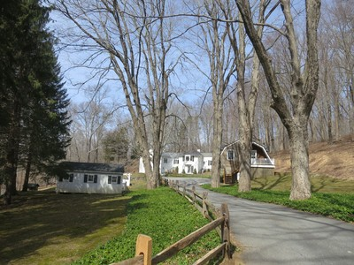Villa for sales at Maple Way 1075 Old Post Road  Bedford, New York 10506 Stati Uniti