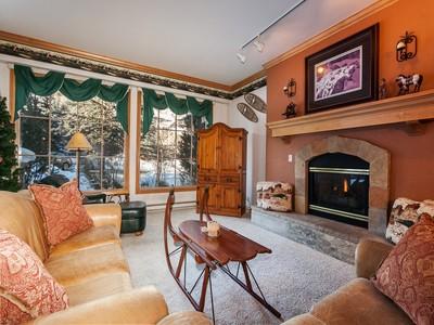 Condominium for sales at Oxford Court #110 31 Avondale Lane #110 Beaver Creek, Colorado 81620 United States