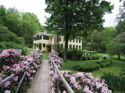 Vivienda unifamiliar for sales at Ashley Borough 157 Hynick Road Benton, Pennsylvania 17814 Estados Unidos