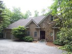 Single Family Home for  rentals at Updated Rental Home on Golf Course 331 Garnet Rock Trail Highlands, North Carolina 28741 United States