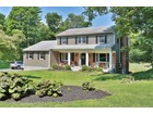 Maison unifamiliale for  sales at Amazing Value in this Pristine Colonial 113 Watch Hill Road Cortlandt Manor, New York 10567 États-Unis