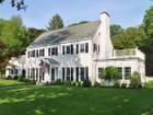 Casa Unifamiliar for  sales at Center Hall Colonial 18 Bonmar Rd Pelham Manor, Nueva York 10803 Estados Unidos