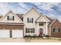 Einfamilienhaus for sales at Beautiful Traditional Home in Berry Ridge! 118 Raspberry Drive   New Market, Tennessee 37820 Vereinigte Staaten
