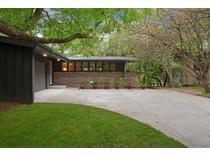Casa para uma família for sales at 6308 Ridgeview Drive    Edina, Minnesota 55439 Estados Unidos