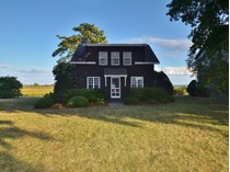 Villa for sales at Fenwick Cottage 6 & 8 Neponset Avenue   Old Saybrook, Connecticut 06426 Stati Uniti