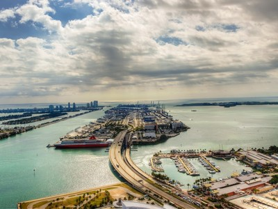Condominium for sales at 888 Biscayne Blvd. #5505 888 Biscayne Blvd. Unit 5505 Miami, Florida 33132 United States