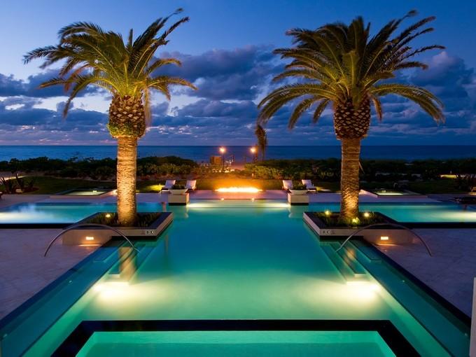 共管物業 for sales at The Estates at Grace Bay Club F304  Grace Bay, 普羅維登夏 TKCA 1ZZ 特克斯和凱科斯群島