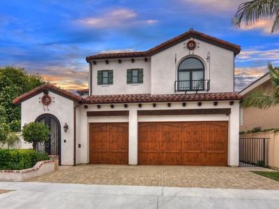 Maison unifamiliale for sales at 16667 Bolero Lane  Huntington Beach, Californie 92649 États-Unis
