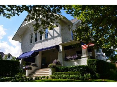 Nhà ở một gia đình for sales at Colonial 401 Euclid Ave  Allenhurst, New Jersey 07711 Hoa Kỳ