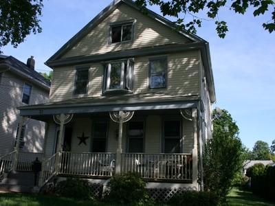 Tek Ailelik Ev for sales at 31 Brown Place 31 Brown Pl. Red Bank, New Jersey 07701 Amerika Birleşik Devletleri