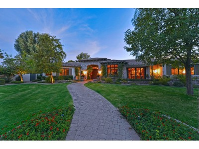 Single Family Home for sales at Elegance In The Heart Of Scottsdale - This Is One Of The Magic Properties 6113 E Sunnyside Drive Scottsdale, Arizona 85254 United States