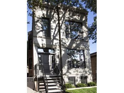 Villa for sales at Huge de-converted two-flat 821 N Francisco Avenue  Chicago, Illinois 60622 Stati Uniti
