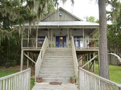 Single Family Home for sales at Lot 4 Hird Island Lot 4 Ocean Breeze Hird Island Darien, Georgia 31305 United States