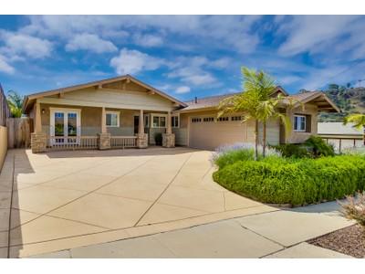 Einfamilienhaus for sales at 1871 Bonus Drive   San Diego, Kalifornien 92110 Vereinigte Staaten